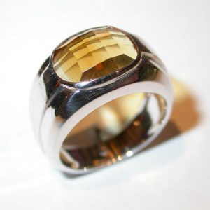 Bague « 1930 », or blanc, citrine