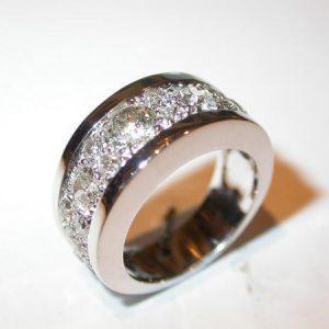 Bague pavage diamants en ligne