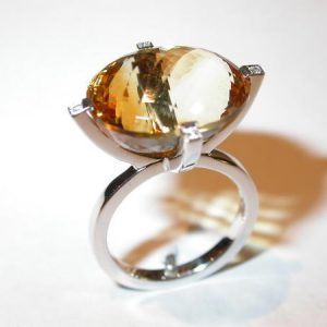 Bague or blanc, citrine