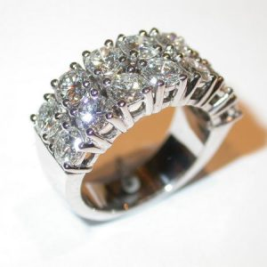 Alliance double rang diamants, or blanc