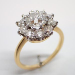 Bague marguerite pompadour diamants