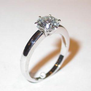 Bague solitaire, or blanc, diamant 1,34 ct