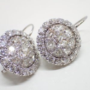 Boucles « dormeuses » platine diamants