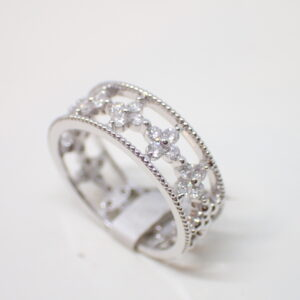 Bague fleurettes diamants or blanc