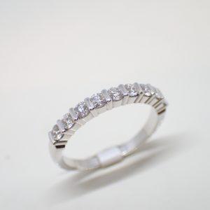 Alliance barrettes en or blanc et diamants