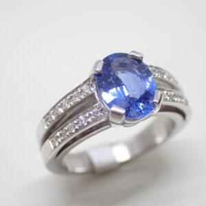 Bague bandeau saphir diamants