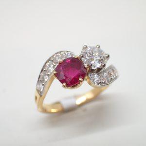 Bague toi et moi rubis diamants style 1900