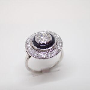 Bague entourage diamant et onyx Art Déco
