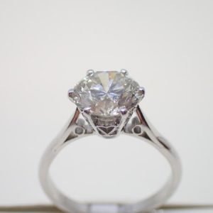 Solitaire diamant brillant 2,37 carats