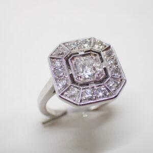 Bague Art Deco diamants rectangulaire