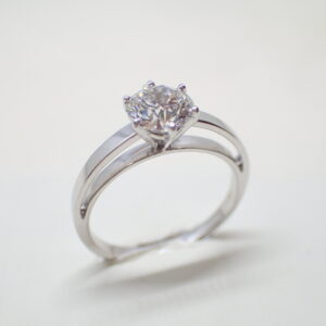 Solitaire or blanc diamant brillant 1,01 carat