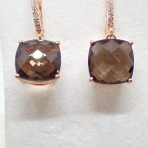 Boucles d'oreilles pendants or rose quartz fumé