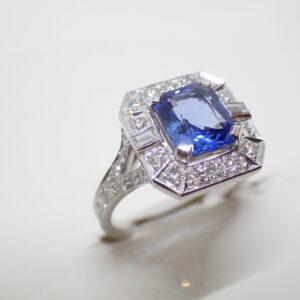 Bague or, saphir et diamants style Art Déco
